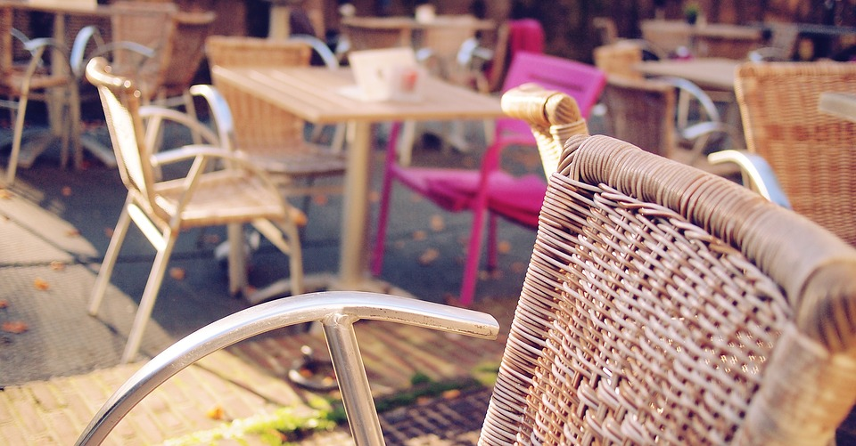 Consigli per arredo ristoranti all'aperto